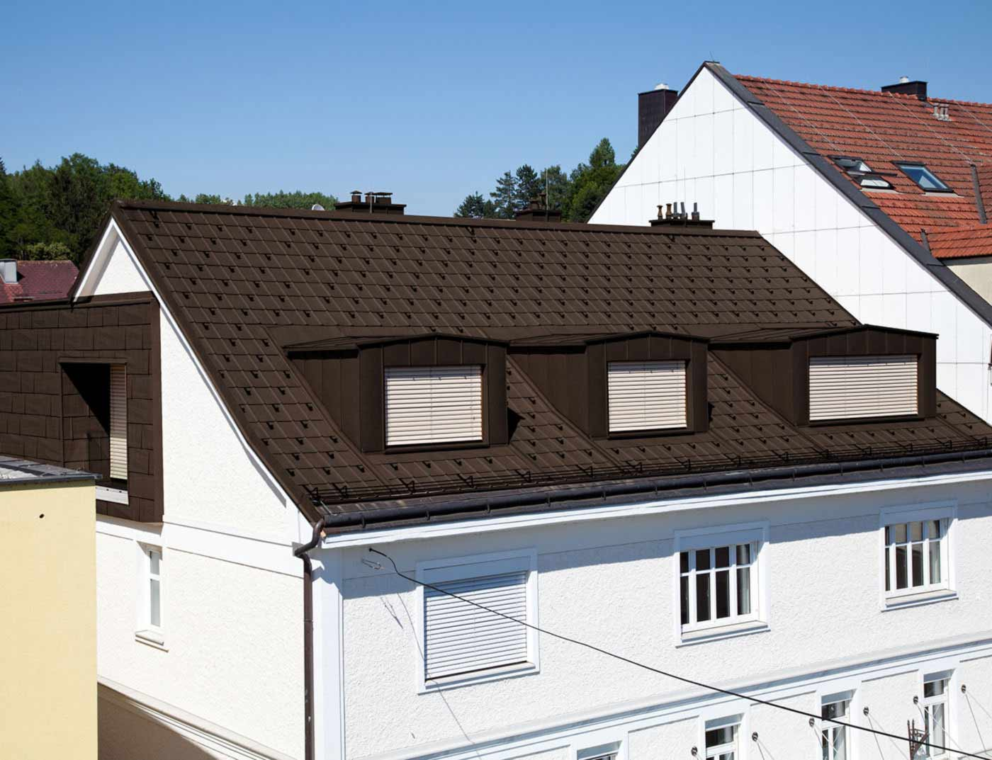Reference buildings PREFA Roof systems Roof tile 11 P.10 nut brown