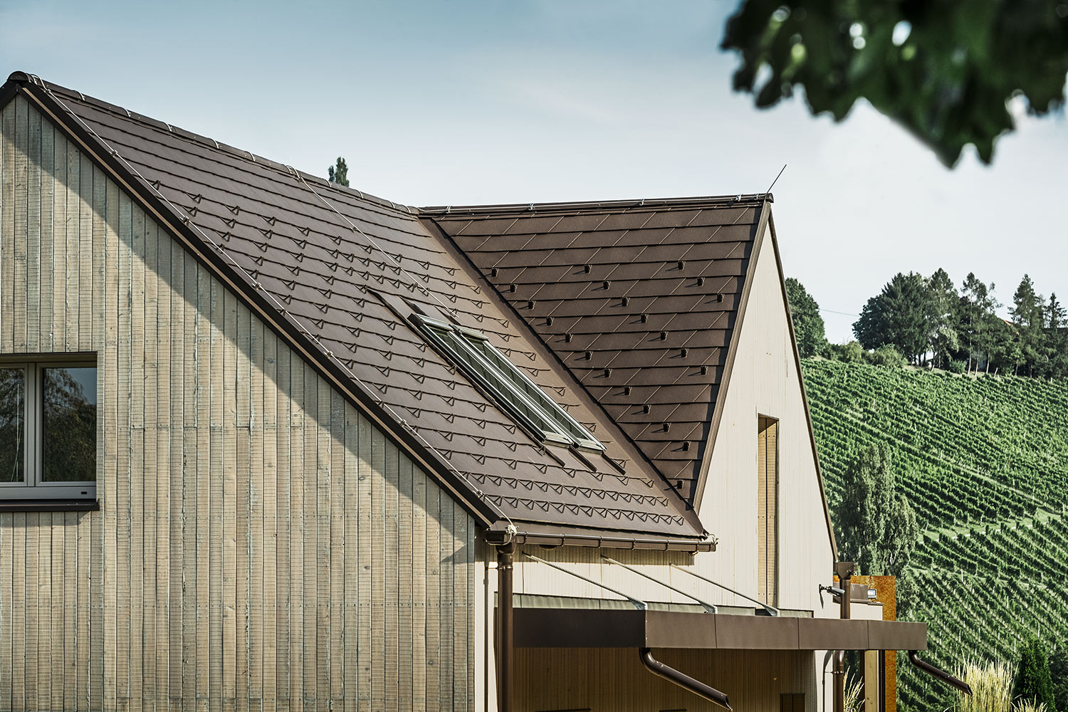 Reference buildings PREFA Roof systems Shingle 11 P.10 nut brown