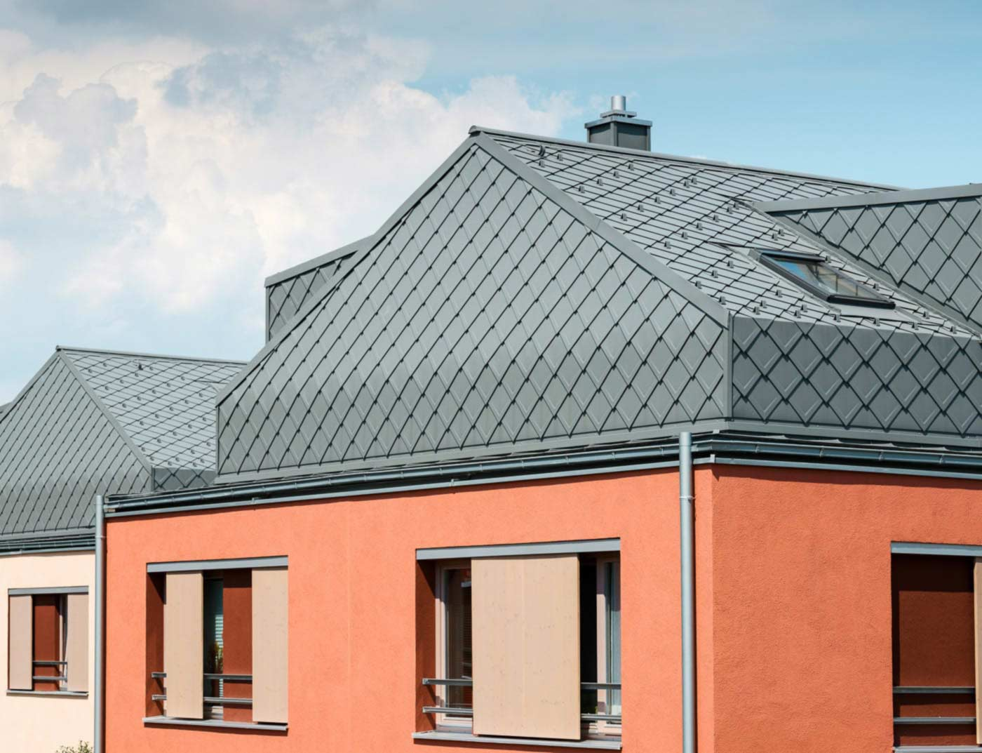 Reference buildings PREFA Roof systems Rhomboid roof tile 29 × 29 07 P.10 light grey
