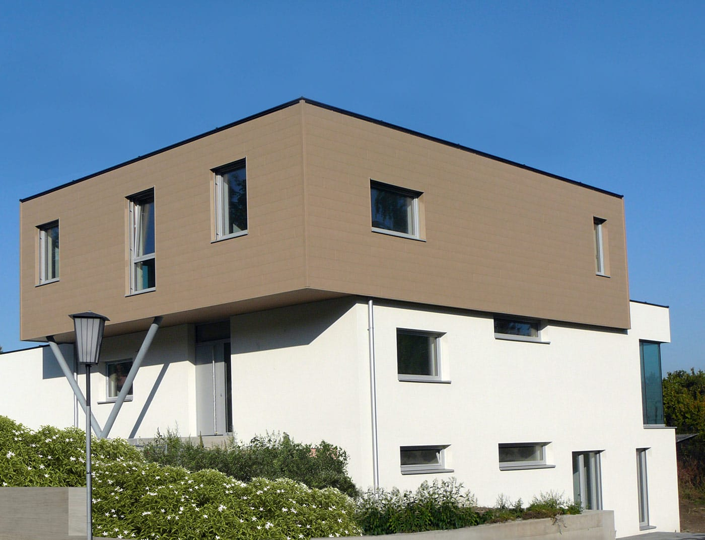 Reference buildings PREFA Façade systems Siding 42 P.10 sand brown